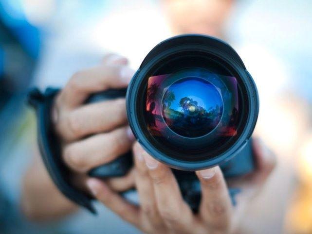 ЕООД или свободна професия за фотограф